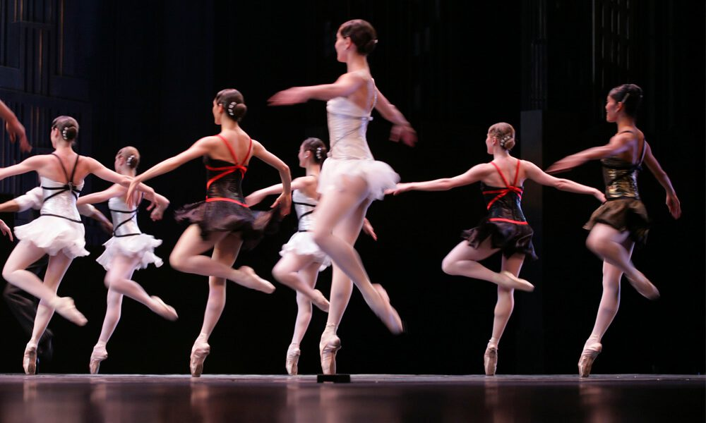 Occupational Health in the Performing Arts Industry: The Original Gig Economy